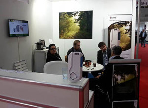 Medica-booth-meeting